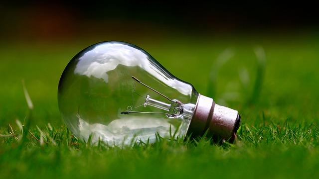 【環境トピックス】英国、1882年以降で初めて、1週間石炭使用せず発電